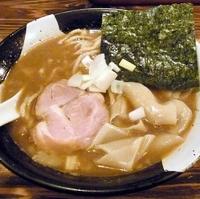 「煮干しラーメン」@すごい煮干ラーメン凪 新宿ゴールデン街店 本館の写真