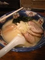 「塩らーめん」@らーめん てつや 東京高円寺店の写真
