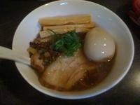 「醤油煮干しハーフ+カスタム ( 塩煮干しハーフ+カスタム /」@麺や Bar 渦の写真