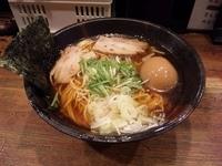 「中華そば(大)+味玉」@麺屋 零式 本店の写真
