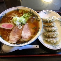 「冷やしラーメン680円+餃子」@かなざわ亭の写真