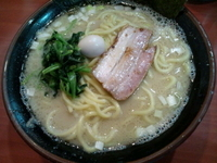 「塩ラーメン 大盛」@横濱家系 町田商店マックスの写真