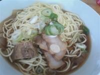「肉そば(中盛り)750円」@自家製麺 伊藤の写真