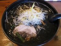 「黒みそラーメン750円(クーポンで550円)」@らーめん やぶ家の写真