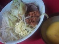 「汁なし(小)+豚増し+生卵」@ラーメン二郎 環七一之江店の写真