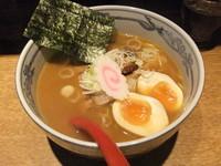 「特製六三六らーめん」@麺や 六三六 姫路店の写真