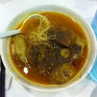 「咖哩雞翼麵HK$29」@澳門茶餐廳 康怡分店(コンヒル店)の写真