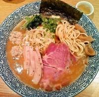 「チャーシュー濃厚魚介ラーメン(900円)」@麺屋 一燈の写真
