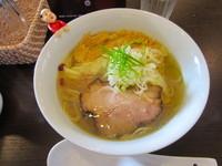 「ワンタン麺」@TSURUMEN 大阪城北詰店の写真