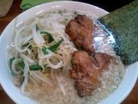 「しょうゆら~めん¥600(脂多め、麺固め)野菜盛り¥100」@ちゃっちゃラーメン 茂の写真