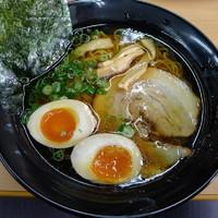 「味玉ラーメン 600円」@ラーメン竹岡屋 岩槻店の写真