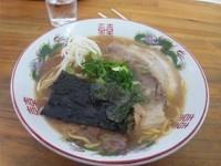 「ラーメン(600円)」@紫川ラーメンの写真