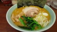 「濃厚豚骨ラーメン(醤油)700円」@横浜ラーメン 黒潮家の写真