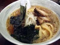 「醤油ラーメン(ネギ抜き)、600円→500円」@拉麺屋の写真
