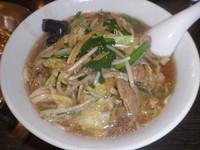 「肉野菜麺と半炒飯のセット(577円)ランチメニュー8番」@中華料理 谷記 2号店の写真