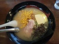 「塩バターコーンラーメン こってり 790円」@ラーメン&らーめん 一代元 大宮天沼店の写真