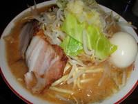 「きま八郎(並・2玉)700円+味玉(クーポン)」@きまぐれ八兵衛の写真
