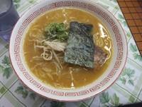 「味噌ラーメン390円」@都そば 梅田店の写真
