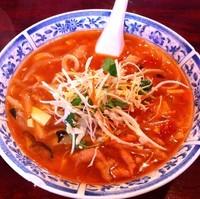 「トマト刀削麺(¥780)」@特級中華・実演刀削麺 ばん家私宴 四谷店の写真
