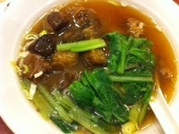「牛バラ肉醤油煮そば¥850」@福旺菜館 津城山店の写真