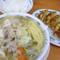 「野菜たっぷりタンメンと餃子セット」@日高屋 北柏駅南口店の写真