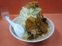 「獅子ふじ麺中盛(300g)豚3枚ニンニク有700円」@獅子王の写真