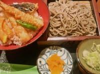 「海老天丼とおそばのセット(950円)」@笹陣 南千住店の写真