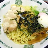 「汁なしラーメン ¥540」@日高屋 新宿三丁目店の写真