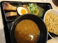 「超濃厚魚介とんこつつけ麺」@ラーメン 十二麺坊の写真