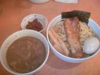 「つけ麺+辛味(えび)+クーポンで味玉 750+50円」@麺家 一鶴の写真