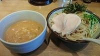 「ゴマ味噌つけ麺【夏メニュー】大盛り780円」@鼈の写真
