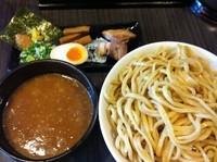 「超濃厚魚介とんこつつけ麺(山盛:麺900g)」@ラーメン 春樹 八王子店の写真