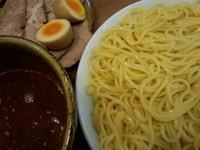 「辛味つけ麺(800円)+チャーシュー+味玉」@中華そば 志の田の写真