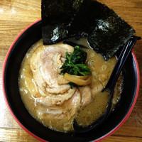 「とんこつ正油ラーメン  650円」@麺唐の写真