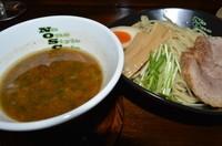 「濃厚魚介系つけ麺(中太麺)(250g) 800円」@No One Style Cafeの写真