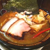 「煮干しラーメン中盛」@すごい煮干ラーメン凪 渋谷東口店の写真