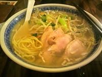 「とり肉湯麺(塩味)」@申申の写真
