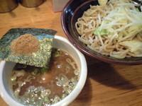 「濃厚魚介つけ麺(¥750)」@横浜ラーメン とんこつ家 いわき店の写真