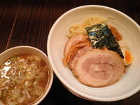 「濃厚鶏つけそば(並) 750円」@吉田商店の写真