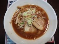 「入善ブラウンらーめん 700円」@中国麺飯店 ワンフー 山室店の写真