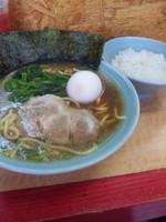 「ラーメン並 ゆで卵サービス 650円」@ラーメンショップ住吉家の写真