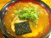 「新味醤油ラーメン¥690」@ラーメン四天王 北野坂店の写真