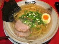 「鶏がら塩らーめん 680円」@越後秘蔵麺 無尽蔵 花園家の写真