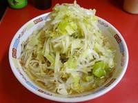 「ラーメン(650円)ヤサイニンニク」@ラーメン二郎 ひばりヶ丘駅前店の写真