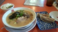 「こってり長浜とんこつラーメン 半餃子セット 770円」@博多餃子房 長浜食堂の写真