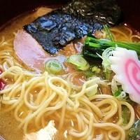 「鶏白湯らーめん(醤油) 750円」@せん吉の写真