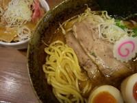 「味玉中華そば【中太麺】(850円)+ミニ豚丼(250円)」@中華そば 志の田の写真