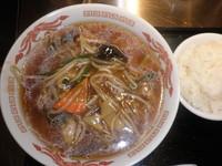 「ランチCセット(肉もやしラーメン+半ライス)650円」@らーめん酒場 酔っ手羽大王の写真