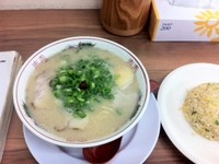「チャーハンセット(小)¥730」@虎と龍 飾磨店の写真