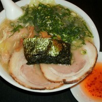 「雲呑麺(900円)」@Asian Dining&支那そば しんせんの写真